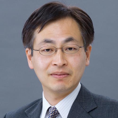 山田 久氏