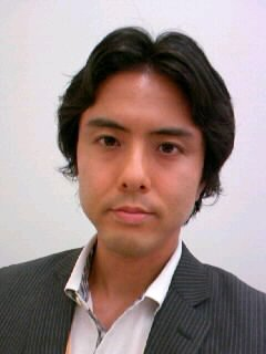 民岡 良氏