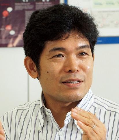 柳川 範之氏