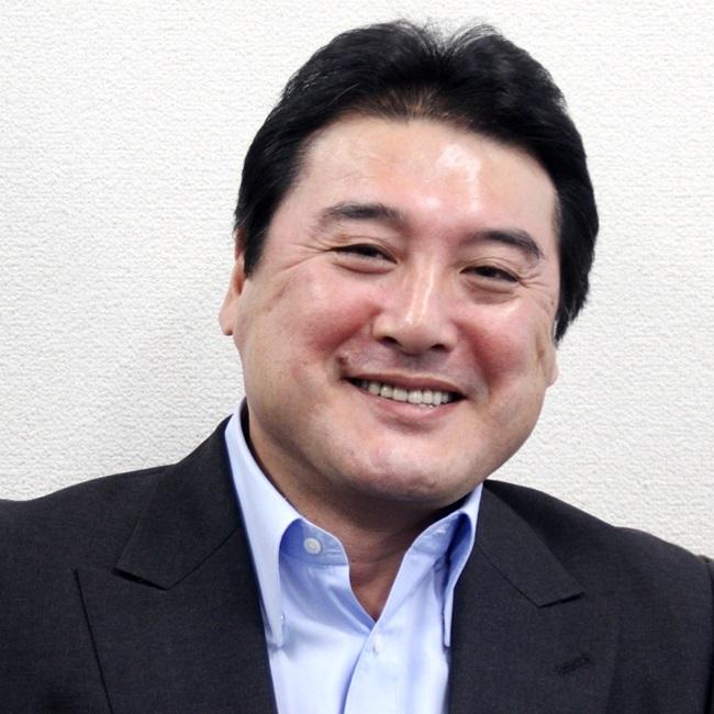 須古 勝志氏