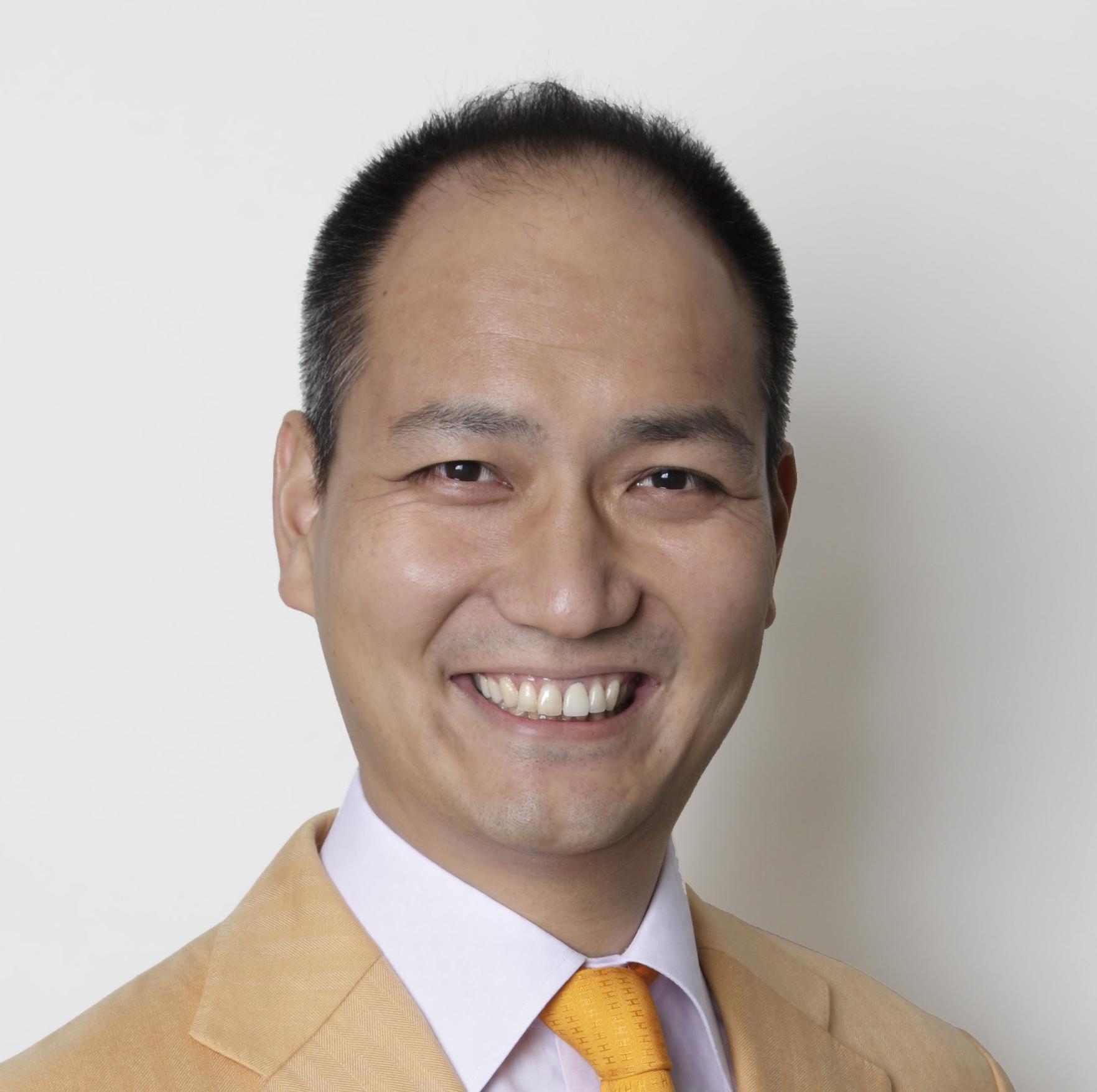 森田 英一氏
