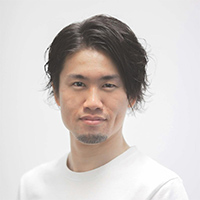中野雄介氏