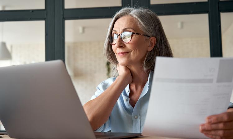 令和4年より「在職老齢年金」や「老齢厚生年金」制度が大きく変更。具体的には何が変わる?