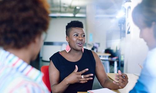 「女性管理職比率」2035年度までに20%へ!ソフトバンクの施策