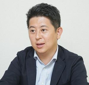 東祐貴 氏